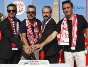 Antalyaspor Başkanı Aziz Çetin: Yeni sezonda hedefimiz ilk 5