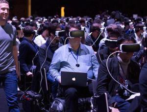 Facebook sanal gerçeklik başlıklarına 'reklamları' getiriyor