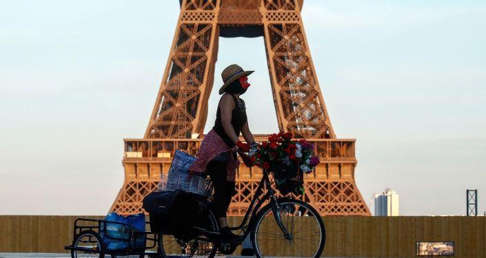 Fransa'da acil hatlar kesildi: İletişim kopukluğu yaşandı