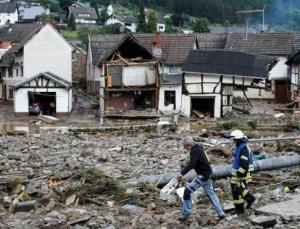 Almanya'da sel mağdurlarına 400 milyon euroluk acil yardım