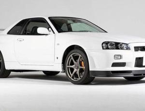 Nissan Skyline GT-R R34 V-Spec II Nur rekor fiyata satıldı(Sadece 10 kilometrede)