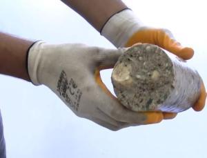 Tahliye edilen binanın betonundan midye kabukları çıktı