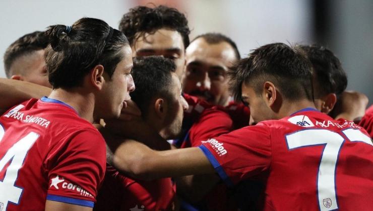 altınordu-bursaspor maçının son dakikalarında büyük heyecan