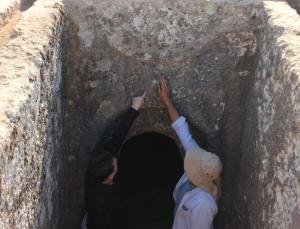 eşsiz turuş kaya mezarları temizlenmeye başladı