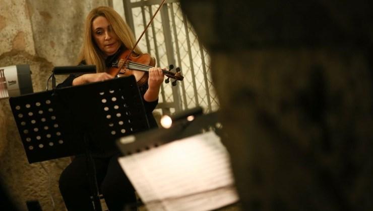 Mozart'ın eserleri İzmir Agora Örenyeri Basilika'sında sanatseverlerle buluştu