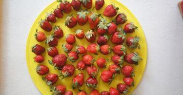 Dessert recipes archives 1qfoodplatter nigerian food blog strawberry in nigeria forumfinder Images
