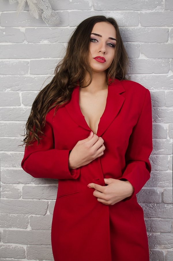 comely Ukrainian woman from city Pokrov Ukraine