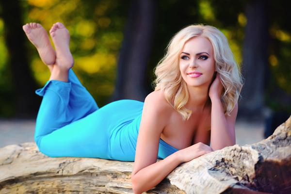 comely Ukrainian fair sex from city Kiev Ukraine