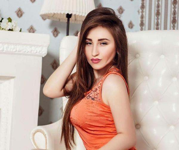 correct Ukrainian bride from city Lugansk Ukraine
