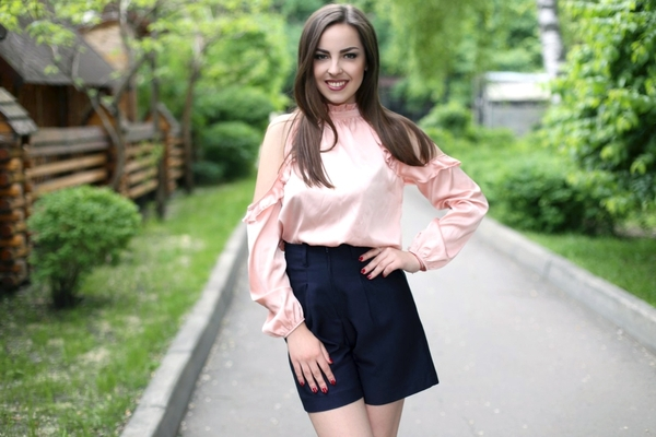posh Ukrainian fiancee from city Kharkiv Ukraine