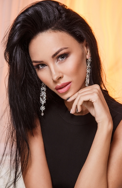 Sensual  Ukrainian marriageable girl from city Kiev Ukraine