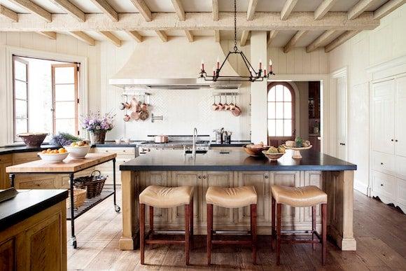 Farmhouse Interiors With Fabulous Modern Designs