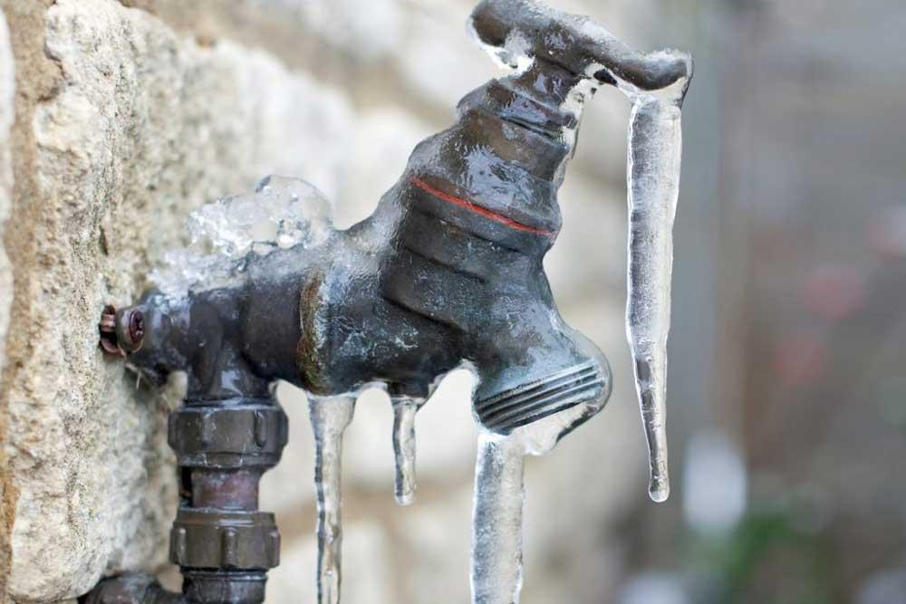 how to winterize outdoor spigots 1