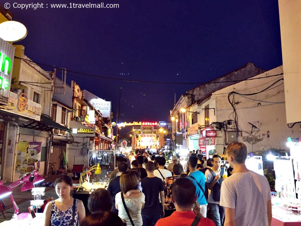 Jonker Street Night Market Melaka busy night