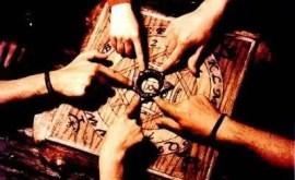 3 précautions à prendre pour l'utilisation de la table de Ouija