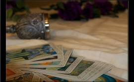 Associer le tarot et le pendule divinatoire pour des résultats plus efficaces