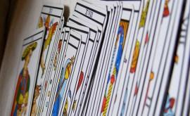 Tarot : le tirage de la roue astrologique