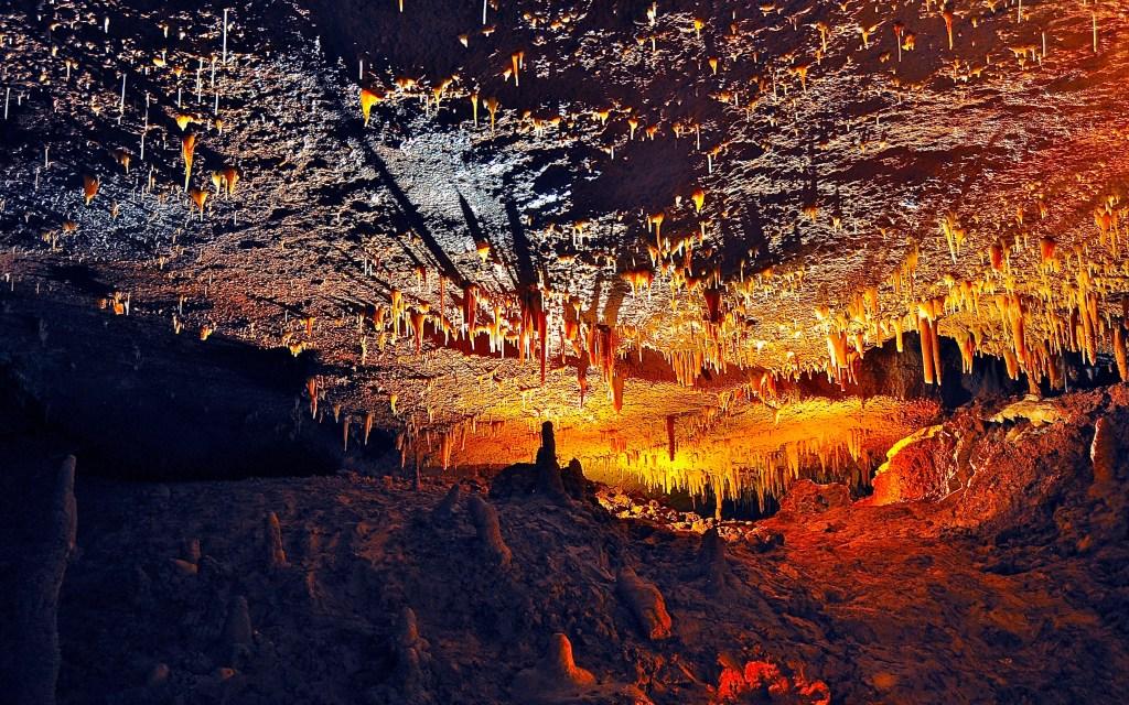 Rêver d'une grotte ou caverne