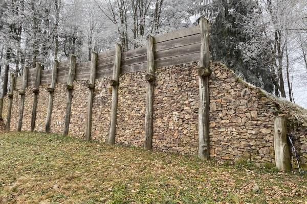 Keltenmauer am Donnersberg