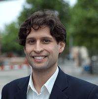 Adrian de Groot-Ruiz
