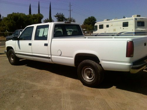 2000 Chevy 3500 Pick