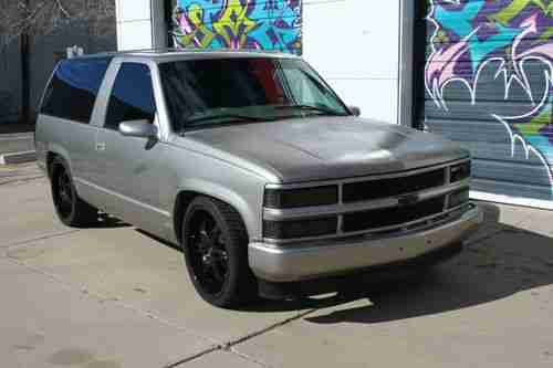 Sell Used 1999 Chevrolet Tahoe Custom 2 Door In Amarillo