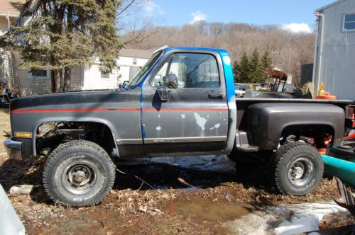 Buy New 1977 Chevy K10 Stepside Pick Up Unfinished Project
