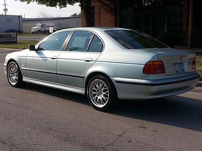 Sell Used Extra Nice Bmw 528i Sport Wheels In Kansas