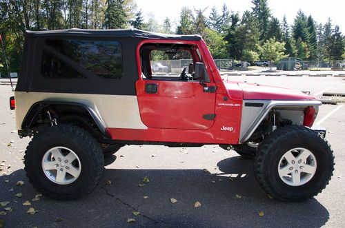 Sell Used 97 Jeep Wrangler 53L V8 LIfted Locked 34