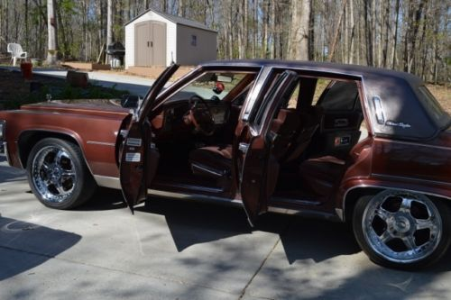 Purchase Used 1979 Cadillac Fleetwood Brougham NICE TV