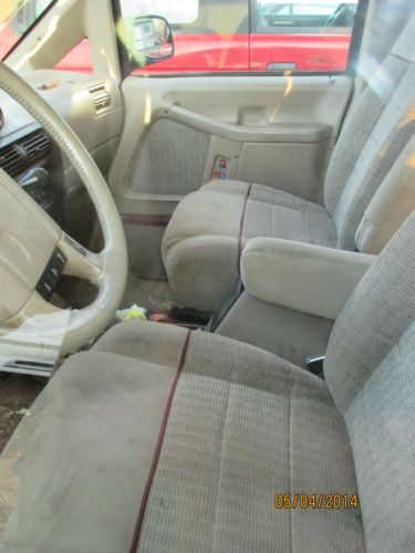 Find New 1993 Ford Aerostar All Wheel Drive Mini Van For