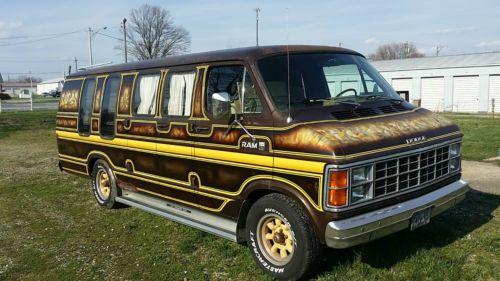 Purchase Used 1984 Dodge Ram B250 Custom Van Extended V 8