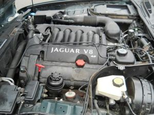 Sell used 2002 Jaguar XJ8 Base Sedan 4Door 40L Automatic