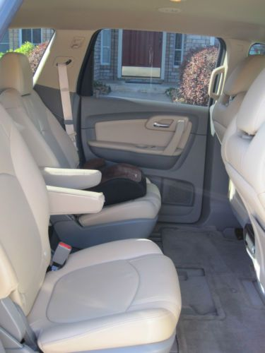 Find Used 2011 CHEVY TRAVERSE LT FWD GOLD LEATHER INTERIOR
