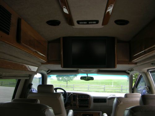 Purchase Used 2002 Gmc Savana Conversion Van Large Tv