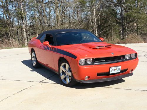 Find Used 2010 Dodge Challenger With Vinyl Top In United