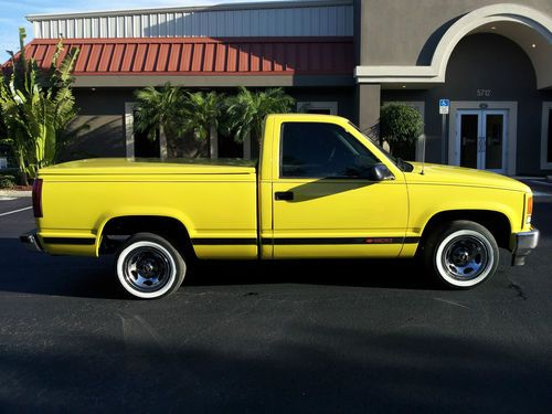 Buy Used 1995 CHEVROLET SILVERADO SPORTS TRUCK SINGLE CAB