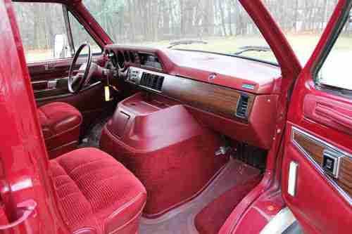 Purchase Used 1984 DODGE RAM VAN 250 ROYAL SPORTSMAN ONE