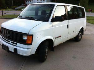 Purchase used 1993 Chevrolet Astro Base Standard Cargo Van 3Door 43L 43k miles no reserve nr