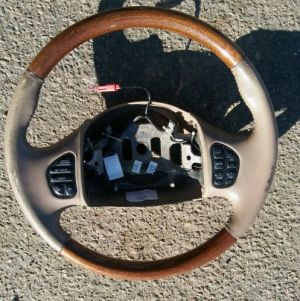Steering Wheels & Horns for Sale  Find or Sell Auto parts