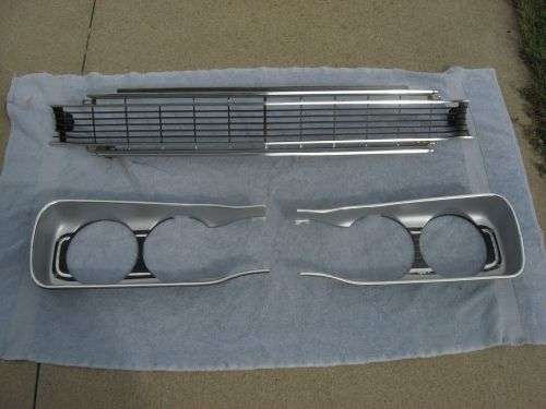Grilles For Sale Page 61 Of Find Or Sell Auto Parts