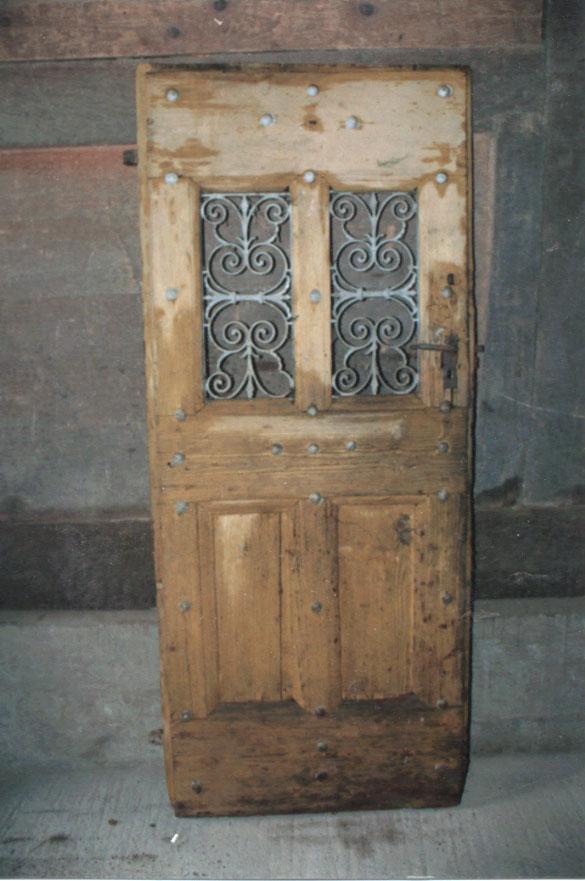 grilles de portes anciennes