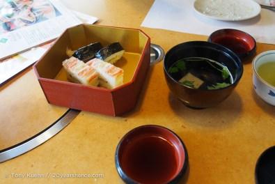 Crab sushi and crab miso