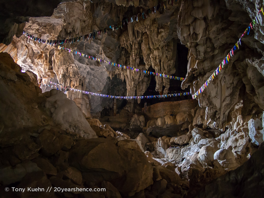 Sa Pha In Cave