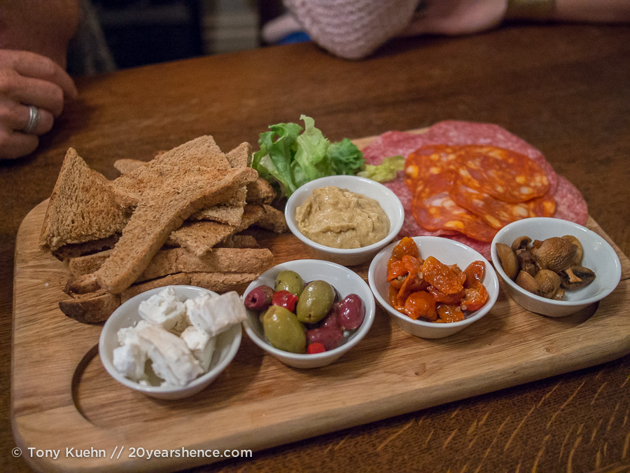 Pub grub in Richmond, England