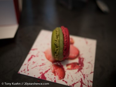 Pierre Hermé Pistaccio & Raspberry Macaron