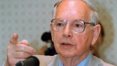 الحاكم العام السابق لاستراليا نينيان ستيفن