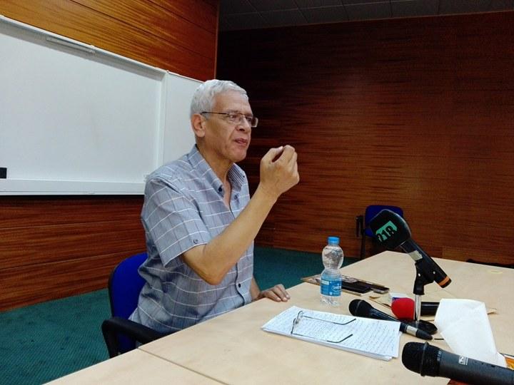الدكتور نجيب الحصادي