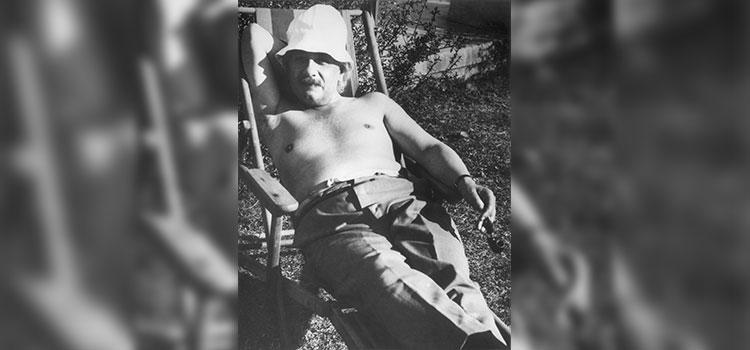 ألبرت أينشتاين في 1932