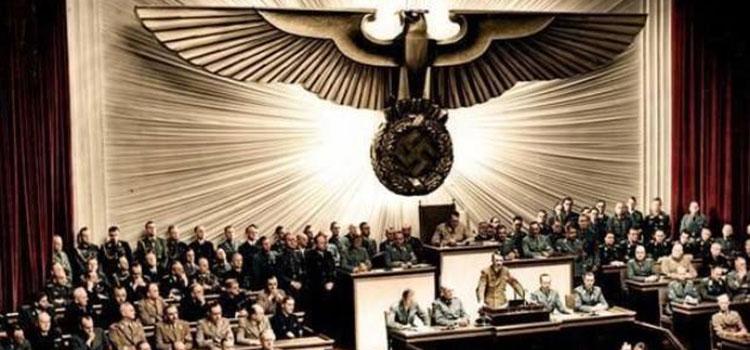 هتلر يعلن الحرب على الولايات المتحدة